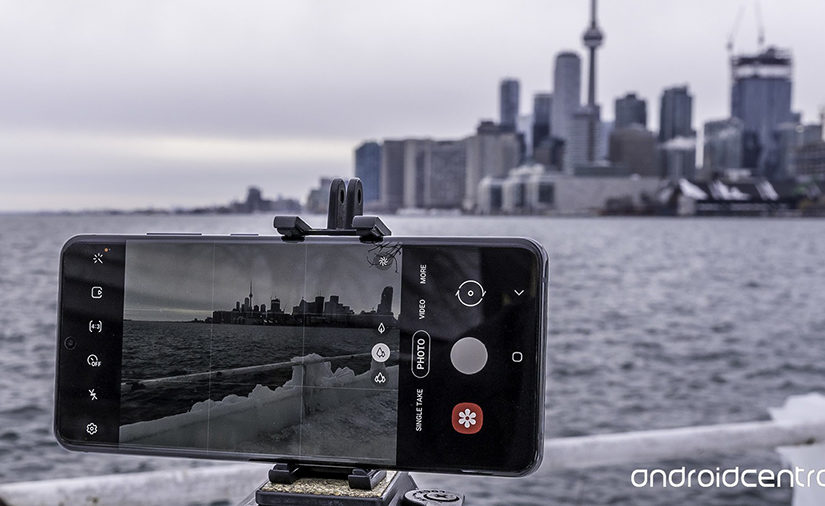 How to Choose The Best Phone Tripod Mount for Recording Video
